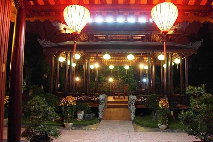 hue restaurants