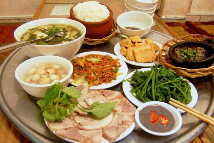 Overview Of Vietnamese Dinner