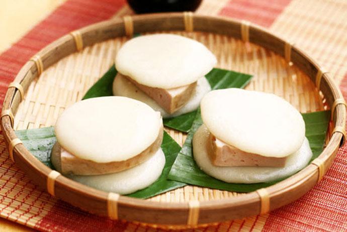banh giay quan ganh – quan ganh sticky rice cake