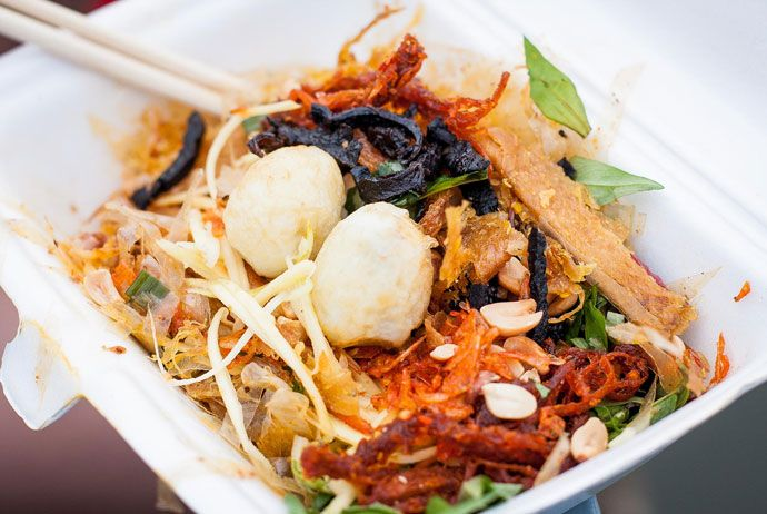 banh trang tron – mixed rice paper