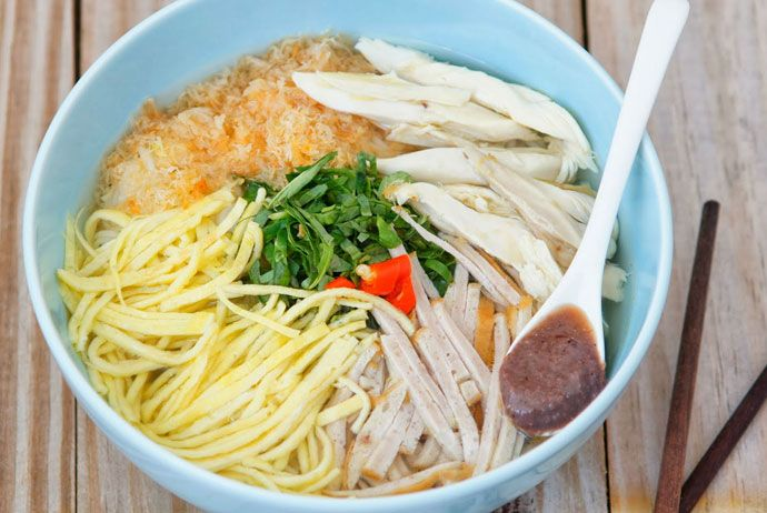 bun thang – vermicelli and chicken soup