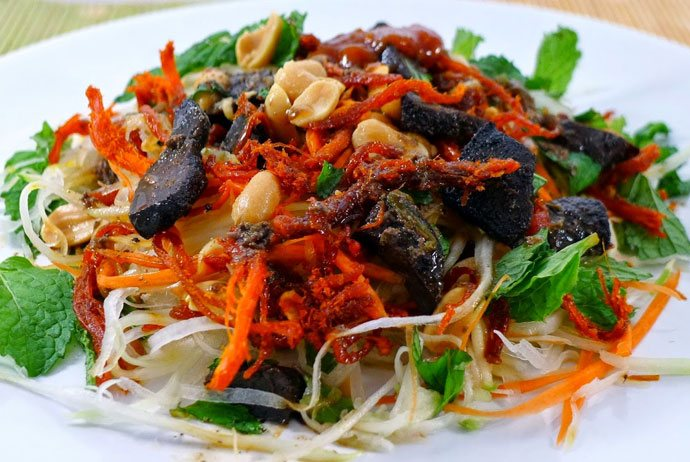goi kho bo – dried beef salad