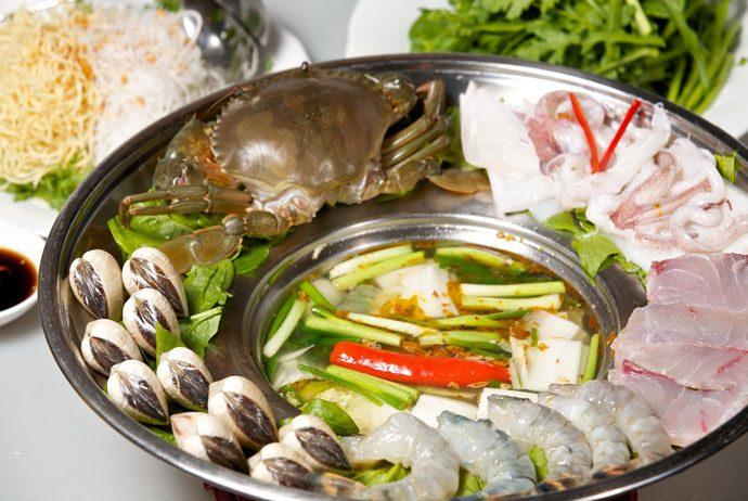 lau cua dong – field crab hot pot