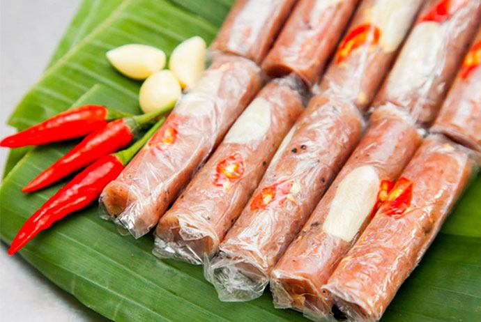 nem chua lang ve – ve village's fermented pork roll