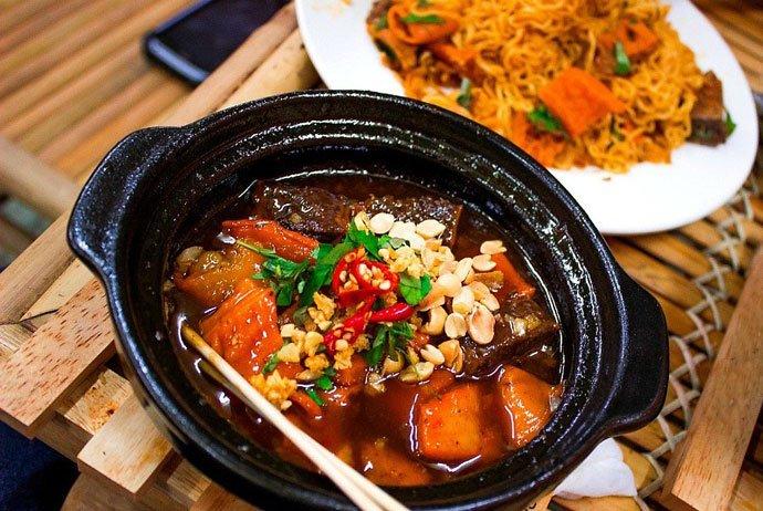 pha lau - viscera soup