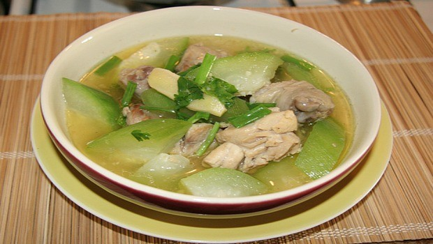 chayote soup with chicken