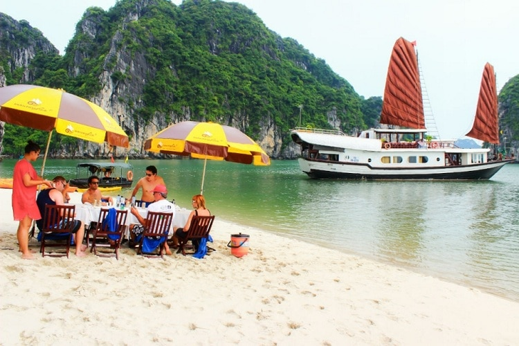things to do in halong bay - bbq on the beach