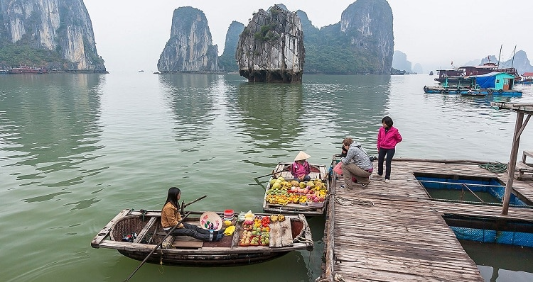things to do in halong bay - shopping in halong bay