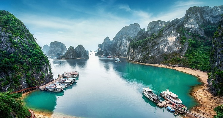 21 Things To Do In Halong Bay – Absolute Must-Try Activities
