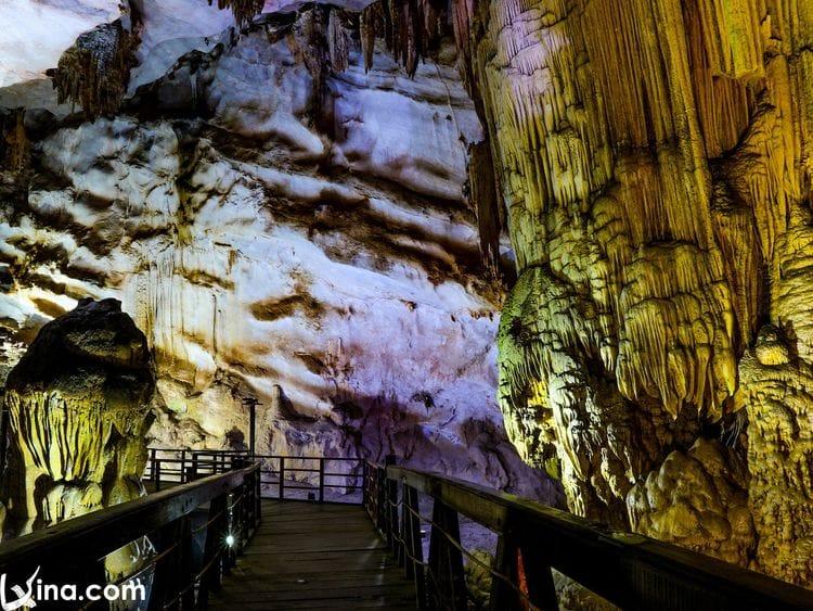vietnam photos - quang binh caves