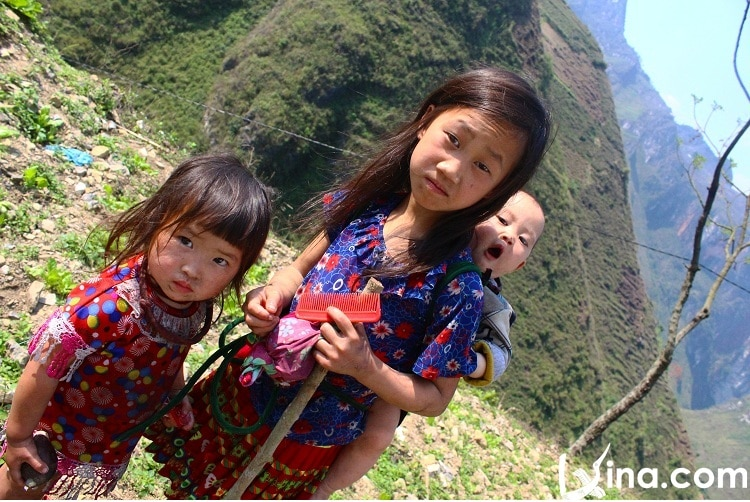 things to do in ha giang - experience h'mong people's life