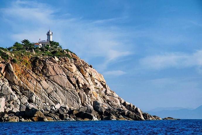 binh-hung-island
