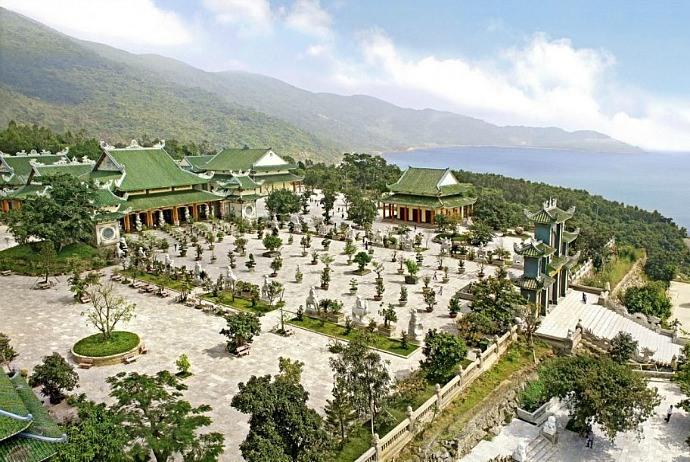 Son Tra peninsulatourism