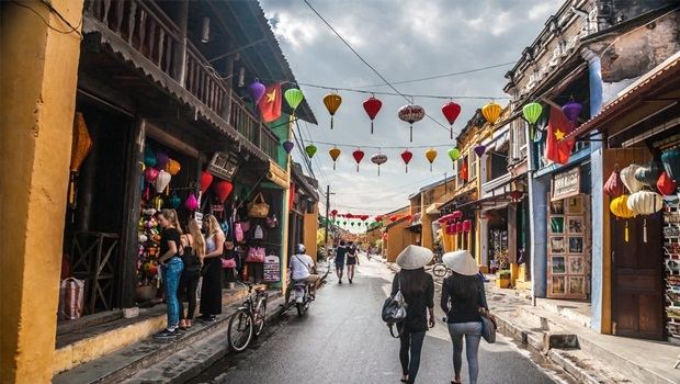 15 Tips On Shopping In Hoi An, Vietnam – What & Where To Buy