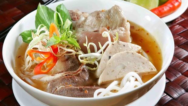 Vietnamese Hue Beef Vermicelli Soup Recipe (Bún Bò Huế)
