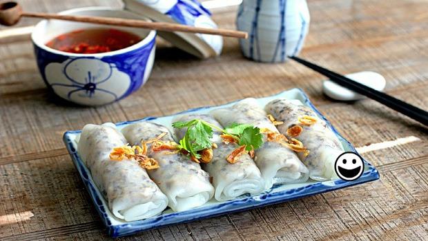 Vietnamese Steamed Rice Rolls Recipe (Bánh Cuốn)