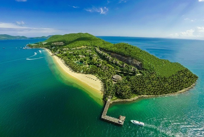 Hon Mun Island – The Most Romantic Destination In Nha Trang, Vietnam