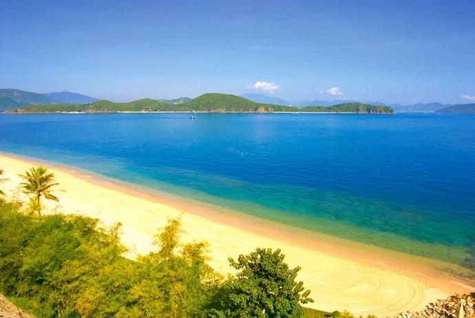 hon tam island travel guide - citypassguide