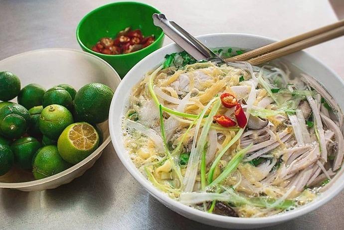 vietnamese combo vermicelli soup - bun thang quan duy