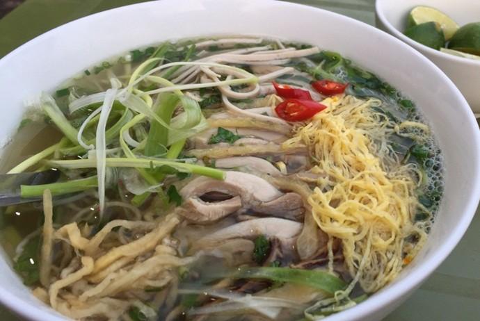 vietnamese combo vermicelli soup - bun thang thuan ly