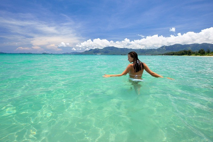 what to do in hon tam island - go swimming
