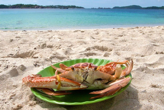 where to eat at an thoi islands - homeiswhereyourbagis