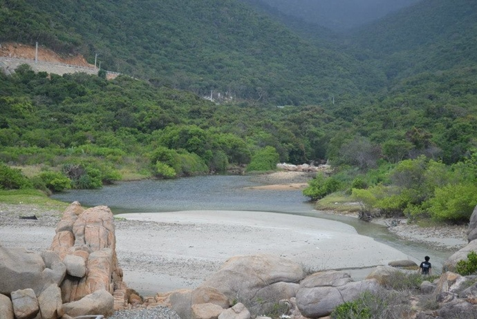 activites and attractions about binh hung tourism - nuoc ngot beach