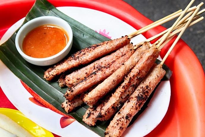 grilled fermented pork roll - nem nuong yen beo
