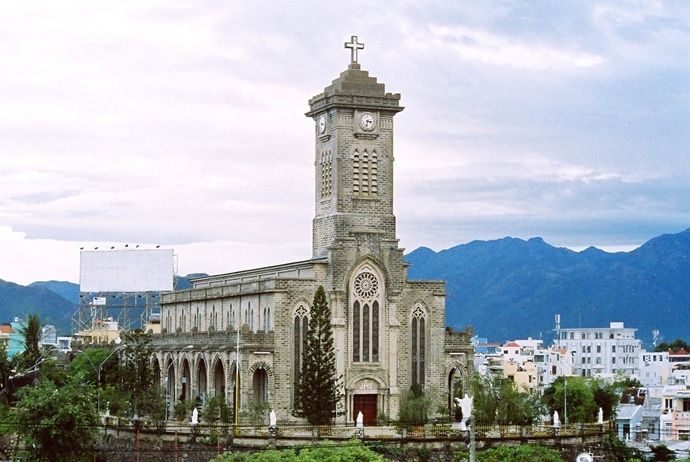 Nha Trang Cathedral – The Largest Church In Nha Trang City