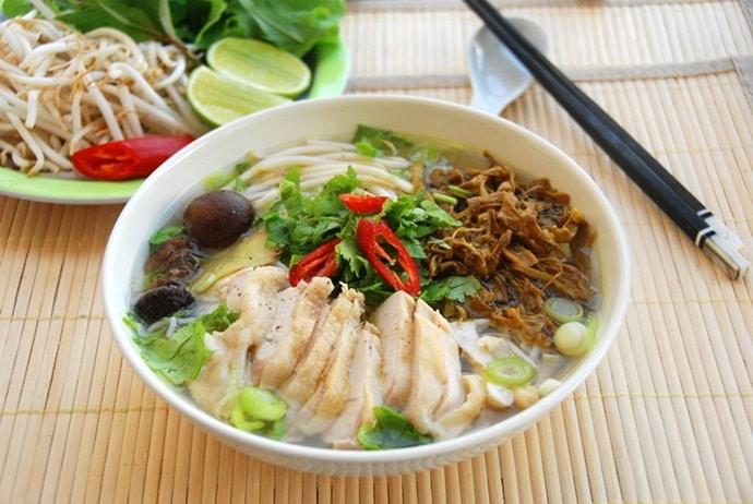 vietnamese musk duck noodle soup
