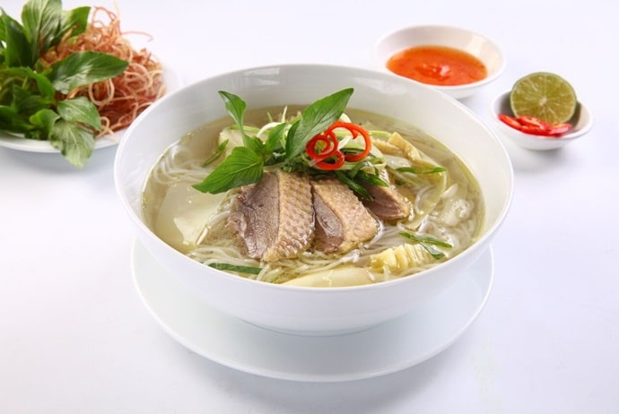 vietnamese musk duck noodle soup - jamja