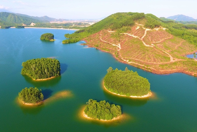 Hoa Trung Lake – A Weekend Destination In The Heart Of Danang