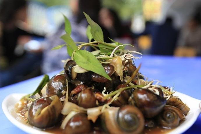 vietnamese street style snails - oc ha trang