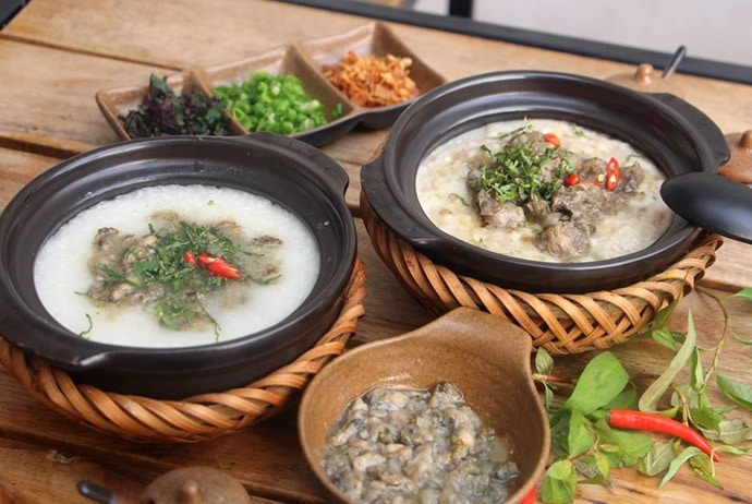famous places for vietnamese oyster porridge - oyster porridge in phu yen