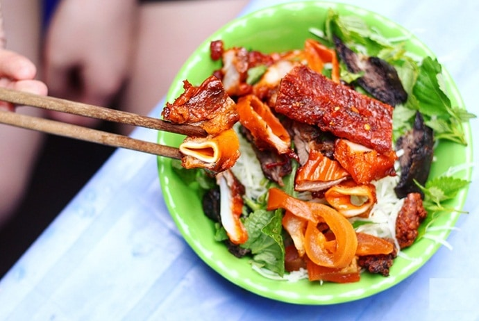 vietnamese green papaya salad with jerky