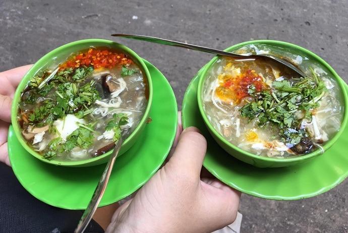 vietnamese crab soup - sup cua hanh