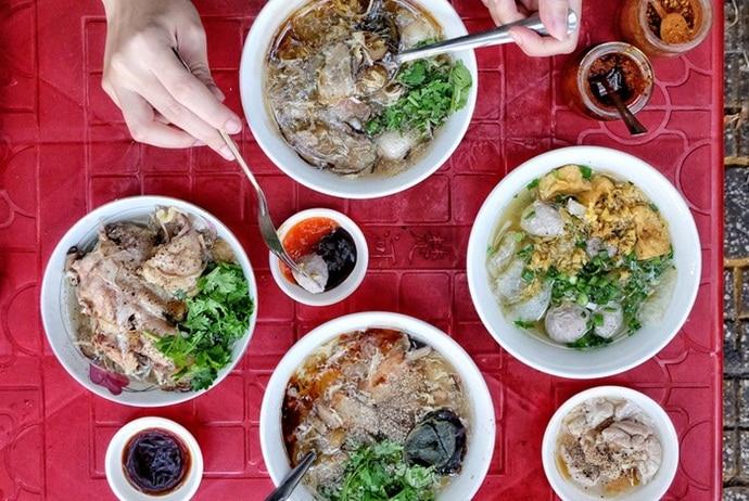 vietnamese crab soup - sup cua on tran doan khanh street