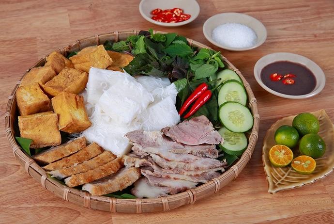 Vermicelli With Fried Tofu & Shrimp Paste – Bun Dau Mam Tom Hanoi