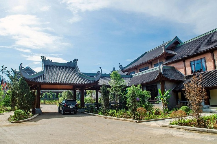 bai dinh pagoda - what are the recommended accommodations in bai dinh