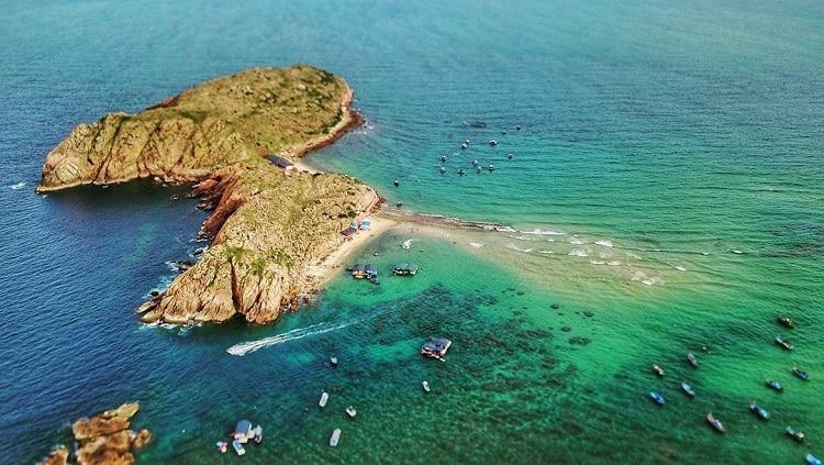 Hon Kho Island: One Of Peaceful Islands In Quy Nhon, Vietnam