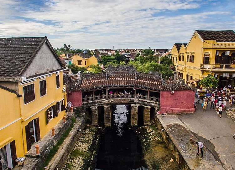 bridge pagoda in hoi an