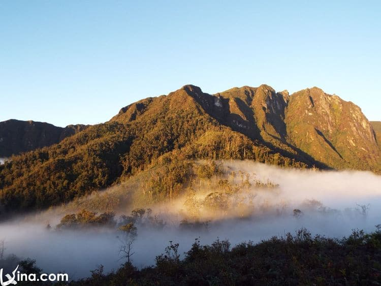 Ky Quan San Mount (Núi Muối Or Bạch Mộc Lương Tử) Photo Album In Lao Cai, Vietnam