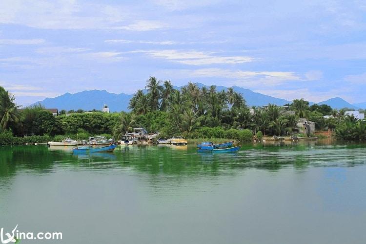 beautiful nha trang travel