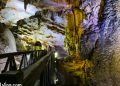vietnam photos - paradise cave photos in spring