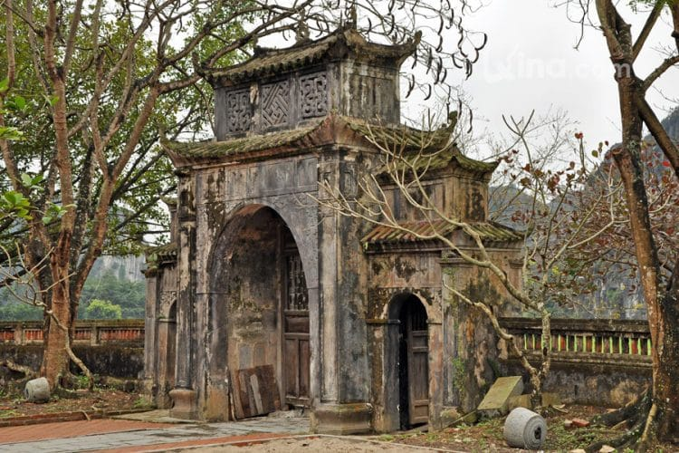 Thai Vi Temple, Ninh Binh, Vietnam – Detailed Travel Guide