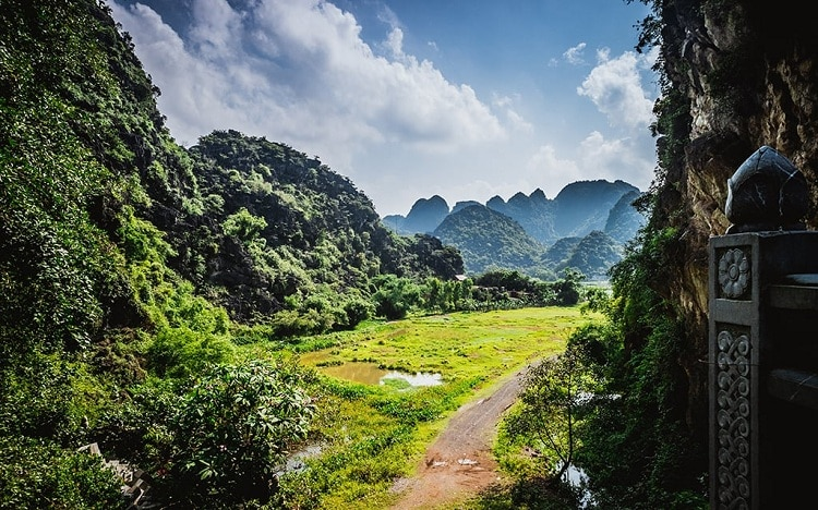 tuyet tinh coc - where is ninh binh tuyet tinh coc, and how to get there