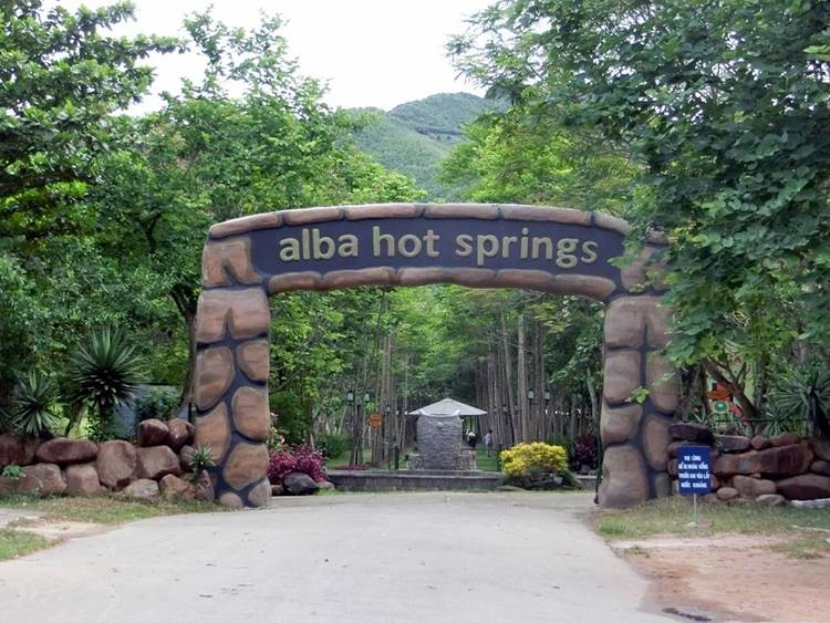 Alba Thanh Tan Hot Springs: Charming Beauty In Hue, Vietnam
