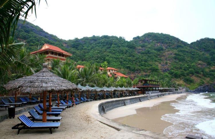 vietnam photos - cat co beach