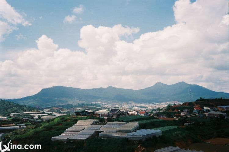 vietnam photos - landscape of dalat