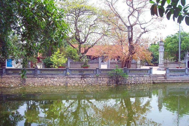 vietnam photos - hang kenh communal house